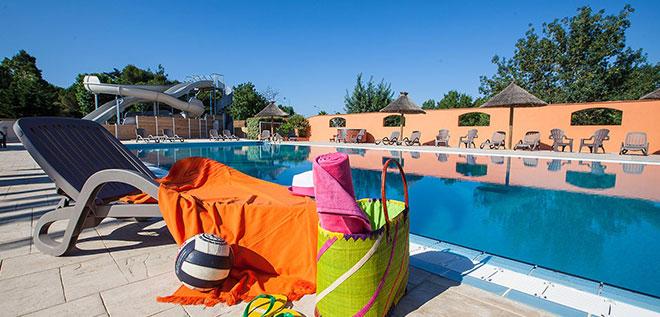 Grande piscine camping Roussillon