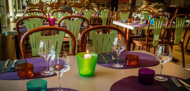 Camping 4 étoiles avec restaurant vers Perpignan