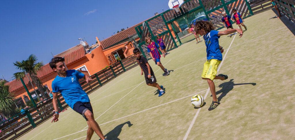 Camping avec terrain de foot à Perpignan