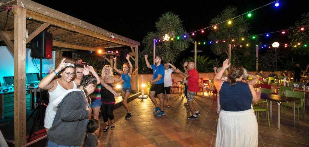 Camping Bungalow avec activités en Méditerranée