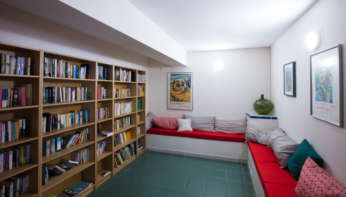 Camping avec Bibliothèque sur la côte Catalane