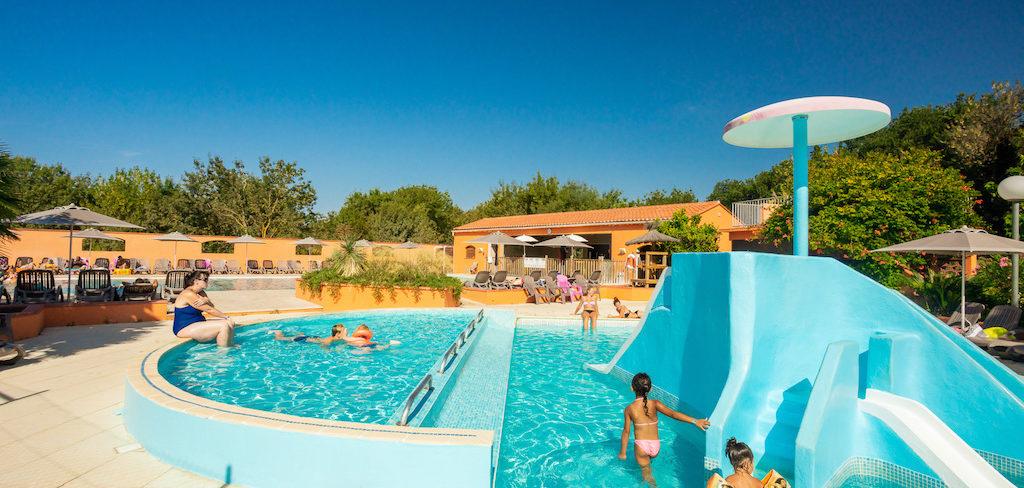 Piscine pour les tout petits au camping Ma Praiire Canet en Roussillon